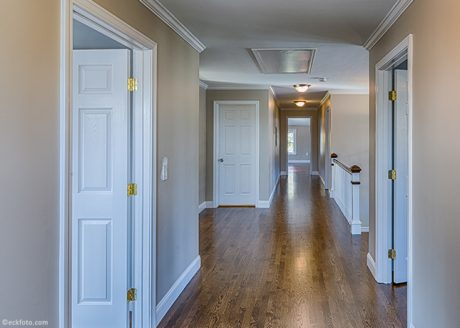 hallway-upstairs-2