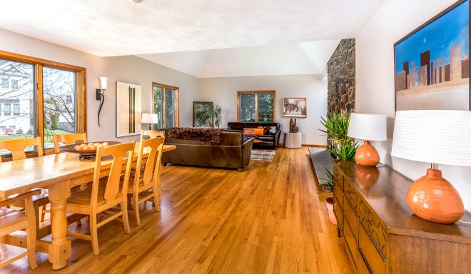 16 McKinley Rd, Marblehead, MA - Living room